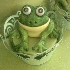 Frog Cupcakes The Cupcake Blog cakepins.com
