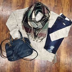 Giant scarves and cozy sweaters are going to be the uniform this fall and winter!  Sweater: Item 929BM2 $78  Scarf: Item 929BM3 $35  Bag: Item 929BM4 $62