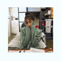 Rain Jacket, Raincoat, Instagram Posts, Nayeon, Bias Wrecker, Korea, South Korea