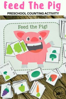 Planning a farm theme? This adorable feed the pig preschool counting game would make a great addition and is the perfect way to add a little math practice into your home preschool day!