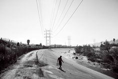 José Carlos (last name not given), an immigrant from Guatemala who has lived here for more than 10 years, walks down the bank to the river to bathe. Drainage Ditch, Homeless People, River Bank, Living In La, Out To Sea, Photo Essay, Habitats, The Neighbourhood, Country Roads