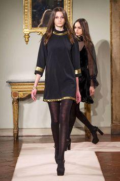 Blugirl at Milan Fashion Week Fall 2014 - Runway Photos Elle Fashion, Couture Fashion, Paris Fashion, Runway Fashion, Fashion Models, Fashion Show, Fashion Design, Fashion Trends, Vestido Baby Doll