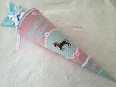 Schultüten - ❤ XL 85cm Pferde Schultüte Zuckertüte + Name ❤ - ein Designerstück von Zuckermaeuschen-Schultueten bei DaWanda