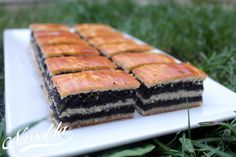 10 karácsonyi szelet süti - Nassolda Sweet Desserts, Sweet Recipes, Ital Food, Hungarian Recipes, Holiday Dinner, Cake Cookies, Cookie Recipes, Sushi, Food And Drink