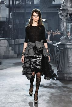 The Pre-Fall 2016 Chanel collection could be described as a mix of cultures and styles, without giving up the identity of the iconic brand. Description from chaos-mag.com. I searched for this on bing.com/images