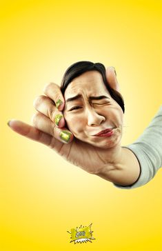 The Print Ad titled GIRL FACE-SQUEEZE was done by Bangkok Showcase advertising agency for Sour Lemon in Thailand. Ads Creative, Creative Advertising, Guerrilla Advertising, Guerilla Marketing, Advertising Poster, Advertising Campaign, Candied Lemons, Funny Commercials, Funny Ads