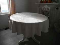 round tablecloth leaf pattern linen look shabby chic by ShabbyRoad