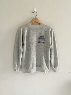 7b539762 Vintage Hawaii sweatshirt 1970s souvenir sweatshirt crewneck sweatshirt  Athletic grey soft and thin