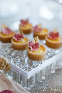 A Parisian-Inspired Bridal Shower - WedLuxe Magazine Small Desserts, Fancy Desserts, Köstliche Desserts, Wedding Desserts, Delicious Desserts, Dessert Recipes, Yummy Food, Yummy Lunch, Wedding Cakes