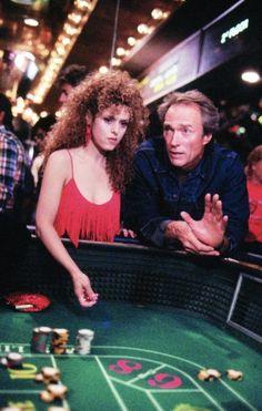Clint Eastwood i Bernadette Peters w Pink Cadillac w reżyserii Buddy Van Horn, 1989