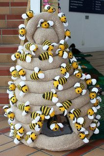 Knitted Garden, Bournemouth Library