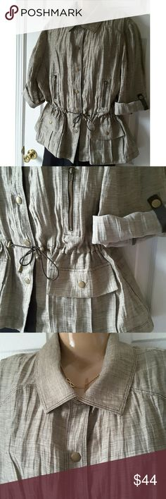 """Chico's Snap Front  Crinkled Linen Jacket Size 20 This Chico's jacket is in excellent condition.  It is a Chico's size 4 which is the equivalent of a size XXL or 20.  Sleeves can be rolled up and snapped in place or worn down.   It is 87% linen and 13% polyester. Chest:26"""" Sleeves:18""""  My home is smoke-free and pet-free.  Check out the other items in my closet and bundle for your discount.  I consider all offers.   Happy POSHING! Chico's Jackets & Coats"""