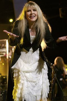 Stevie Nicks - or the fantasy celebrity of Lauren Fenmore-Baldwin