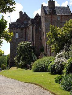 Brodick Castle by Kenneth Mallard, via Geograph,Scotland