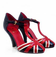 Yes, I will admit that I am an Anglophile but I'm also a shoe addict so put the two together and what more could I ask for?!