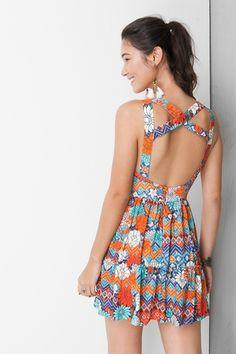 Vestido curto estampado kawaii - vestidos dress to diy clothes making, beac Diy Clothes Making, Diy Clothes Hacks, Diy Summer Clothes, Diy Clothes Refashion, Diy Clothes Videos, Clothing Hacks, Beach Dresses, Nice Dresses, Short Dresses