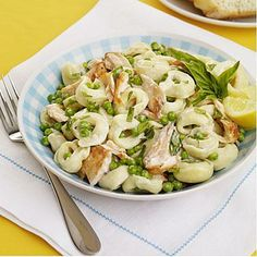 Tortellini Salad with Salmon and Peas recipe