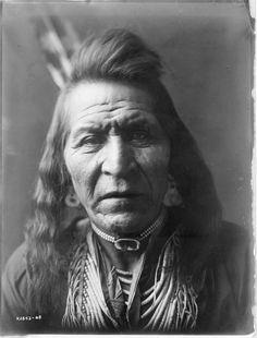 Two Leggings, Crow   Edward Curtis