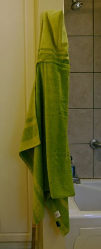 DIY: hooded towel. Quick and easy with no cutting required and only straight line sewing!