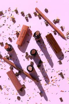 Bourjois Rouge Velvet The Lipstick Nude Collection Bourjois Rouge Velvet Lipstick, Pink Lipsticks, Nude Lipstick, Liquid Lipstick, Best Makeup Tips, Best Makeup Products, Lip Products, Makeup Geek, Fotografia