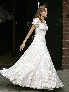 victorian wedding dress - stunning and beautiful, every inch Angelina Jolie