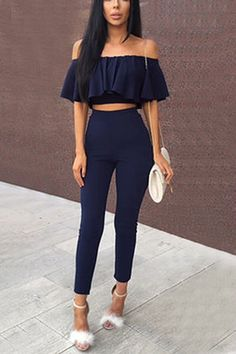 This casual suits is the must-have piece in every girls wardrobe. Features off shoulder, short sleeves, flounced design and bare-midriff, high waist and plain color. Team it up with heels would be perfect to show your figure.