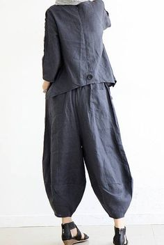 Casual Loose Fitting Linen Turnip pants bloomers Elastic waist pants Wide leg trousers for woman Linen Blouse, Linen Pants, All Black Dresses, Funky Fashion, Work Wardrobe, Wide Leg Trousers, Couture, Jacket Dress, Dress Patterns