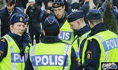 الشرطة السويدية تعتقل رجلًا على صلة بحريق مسجد للشيعة في ستوكهولم: الشرطة السويدية تعتقل رجلًا على صلة بحريق مسجد للشيعة في ستوكهولم…