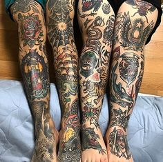 Search inspiration for an Old School tattoo. Old School Tattoo Sleeve, Leg Sleeve Tattoo, Leg Tattoo Men, Arm Tattoos For Guys, Traditonal Tattoo, Traditional Tattoo Man, Moth Tattoo Design, Cool Chest Tattoos, Tatuagem Old School