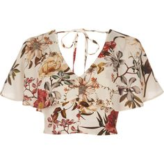 Crepe fabric Floral print Short cap sleeve Frill overlay Button placket Tie back detail Cropped length Loose fit V neck Our model wears a UK 8 and is Loose Crop Top, Loose Fit, Floral Crop Tops, Diy Schmuck, Pink Tops, Fashion Outfits, Womens Fashion, Pretty Outfits, Fashion Clothes
