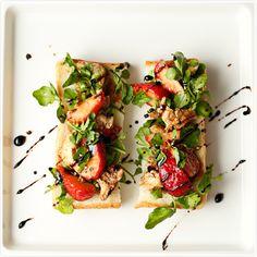 いちごとクレソンとモッツァレラのオープンサンド|食パンで作る野菜の ...