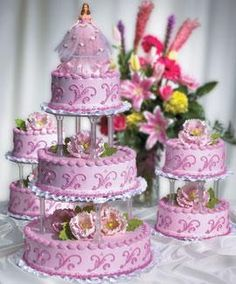 Quinceanera Cake.jpg provided by Las Dos Naciones Bakery Houston 77082