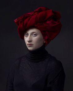 La galerie Jenkins Johnson annonce qu'elle représente le célèbre photographe néerlandais Hendrik Kerstens.