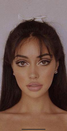 60s Makeup, Skin Makeup, Makeup Inspo, Makeup Inspiration, Makeup Tips, Beauty Makeup, Hair Beauty, Doll Eye Makeup, Disco Makeup