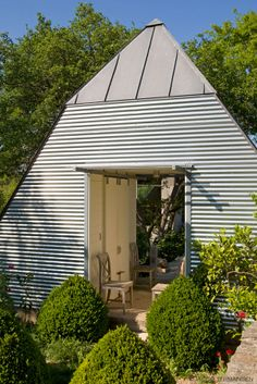 super shed! love this garden folly by mell lawrence