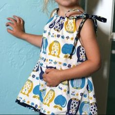 (D) Pillowcase Baby Dress - free sewing patterns - Baby Sewing Patterns