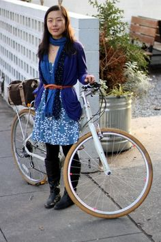Check out the Po Campo Logan Trunk Bag in brown waxed canvas featured in this Bike Stylish profile: http://ow.ly/FlGAS #BikePretty