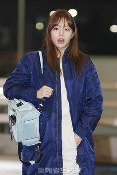 Girl's Day Hyeri Girl's Day Hyeri, Lee Hyeri, Girls Day Members, Girl Day, Korean Actors, Asian Beauty, Actors & Actresses, Moon, Cute