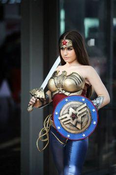 The Wonderful World Of Wonder Woman Cosplay - Neatorama