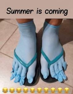 Summer is coming Wtf Funny, Crazy Funny Memes, Stupid Memes, Funny Relatable Memes, Funny Jokes, Funny Emoji, Hilarious, Video T, Foto E Video