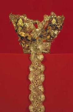 Digitalt Museum - Brudekrone Norwegian Wedding, Bridal Crown, Headgear, Traditional Outfits, All Art, Crowns, Norway, Wedding Jewelry, Countries