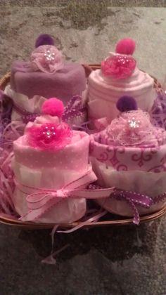Baby shower cupcake gift!