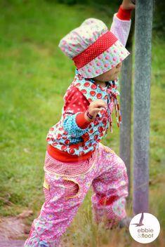 Retro Hut selber nähen. Meinse Svenna eine tolle luftige Sommerhose, die auch gefüttert genäht werden kann. #schnittmuster #diy #nähen #kindermode #jolijou