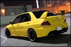 Mitsubishi Evo VIII looks amazing in yellow.