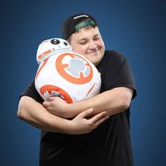 Star Wars BB-8 Throw Pillow #bb-8 #spherobb8 #bb8 #starwars #friki