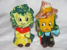 Vintage Anthropomorphic Corn Farmer W/ Cabbage Wife Salt & Pepper Shakers VG-EUC