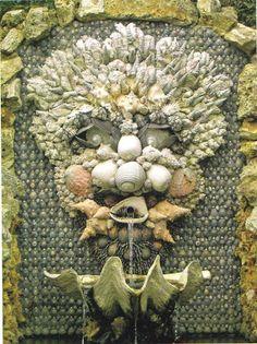 Amazing seashell fountain.  /AAAAAAAADQg/jiflhECI3sY/s400/shell6.jpeg