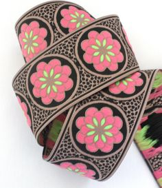 Woven Jacquard Ribbon Daisy Dot Flower in Khaki Black Pink