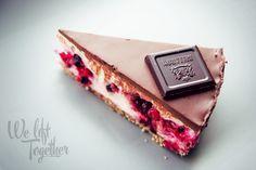 Proteinový cheesecake s ovocím a čokoládou | We Lift Together