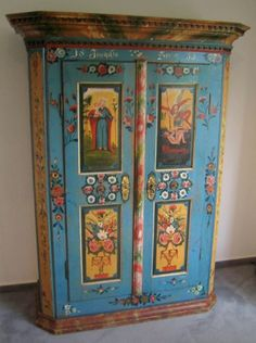 Antique Dutch carved and paint decorated cupboard Hand Painted Furniture, Paint Furniture, Antique Furniture, Furniture Design, Art Decor, Decoration, Home Decor, Antique Paint, Painting On Wood